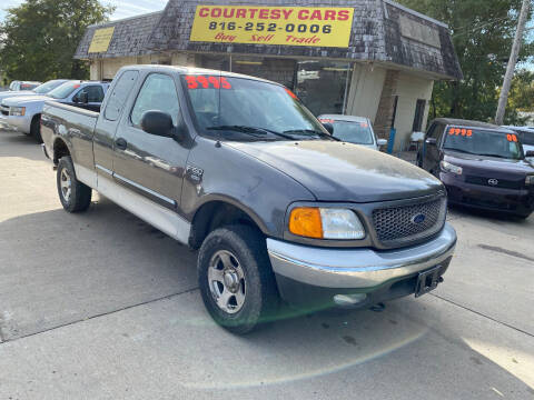 2004 Ford F-150 Heritage for sale at Courtesy Cars in Independence MO