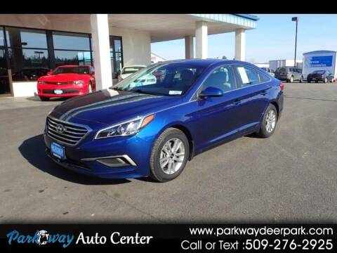 2016 Hyundai Sonata for sale at PARKWAY AUTO CENTER AND RV in Deer Park WA