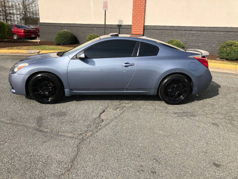 2010 Nissan Altima for sale at DLUX Motorsports in Fredericksburg VA
