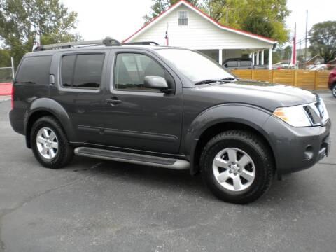 2011 Nissan Pathfinder for sale at Houser & Son Auto Sales in Blountville TN