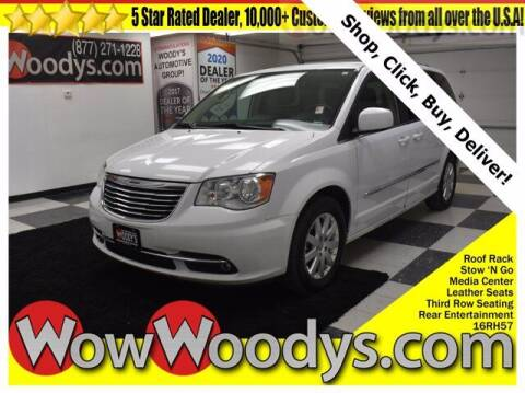 2016 Chrysler Town and Country for sale at WOODY'S AUTOMOTIVE GROUP in Chillicothe MO