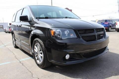 2014 Dodge Grand Caravan for sale at B & B Car Co Inc. in Clinton Twp MI