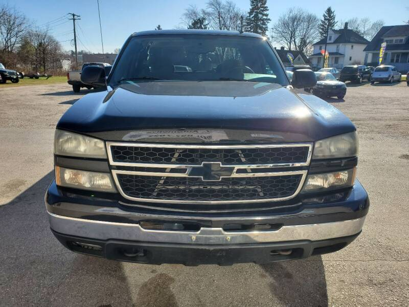 2007 Chevrolet Silverado 1500 Classic LS 4dr Extended Cab 4WD 6.5 ft. SB - Plymouth WI