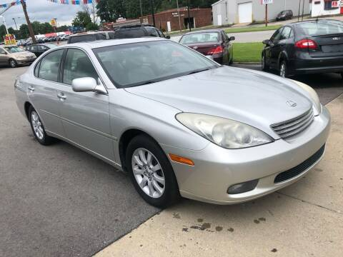 2004 Lexus ES 330 for sale at Wise Investments Auto Sales in Sellersburg IN