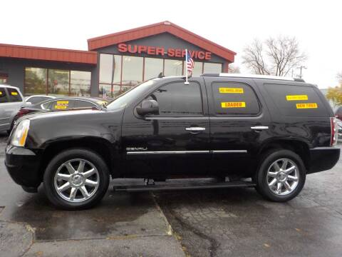 2010 GMC Yukon for sale at Super Service Used Cars in Milwaukee WI