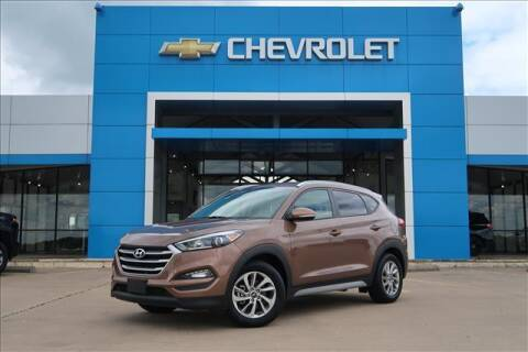2017 Hyundai Tucson for sale at Lipscomb Auto Center in Bowie TX