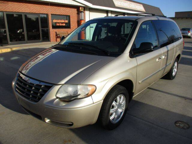 2006 Chrysler Town and Country for sale at Eden's Auto Sales in Valley Center KS
