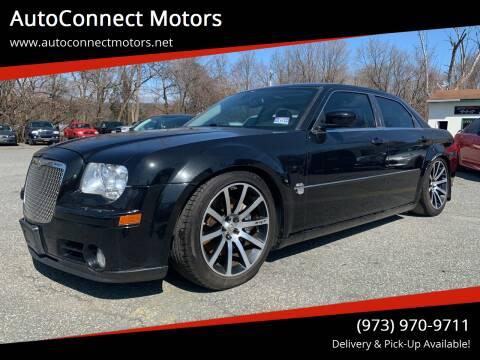 2006 Chrysler 300 for sale at AutoConnect Motors in Kenvil NJ