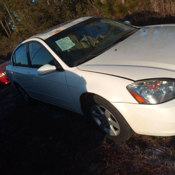 2002 Nissan Altima for sale at MOTOR VEHICLE MARKETING INC in Hollister FL