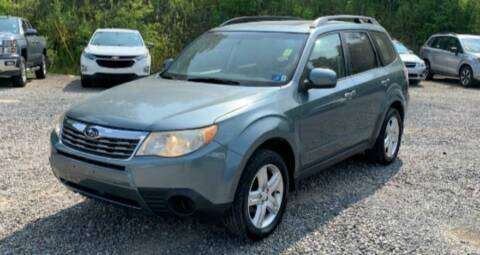 2009 Subaru Forester for sale at BSA Pre-Owned Autos LLC in Hinton WV