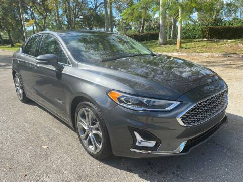 2019 Ford Fusion Hybrid for sale at DELRAY AUTO MALL in Delray Beach FL
