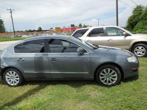 2008 Volkswagen Passat for sale at SCOTT HARRISON MOTOR CO in Houston TX
