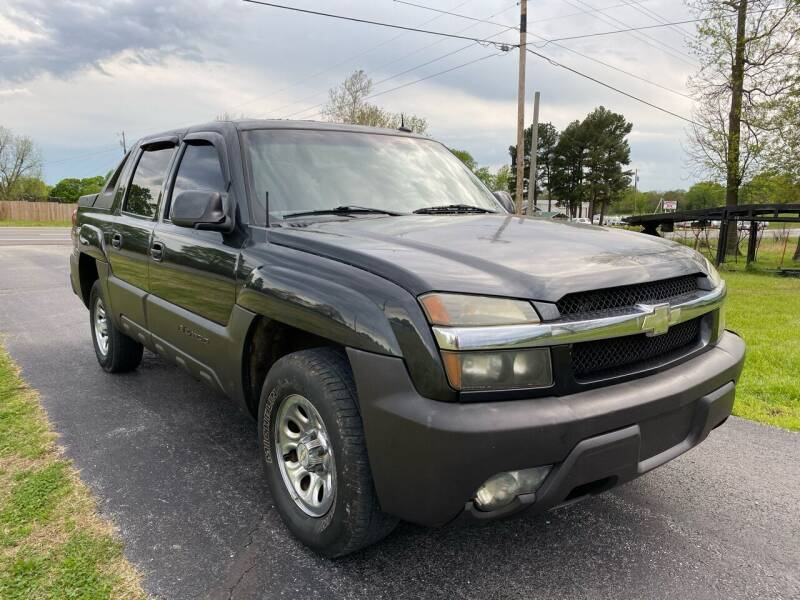 2003 Chevrolet Avalanche for sale at Champion Motorcars in Springdale AR