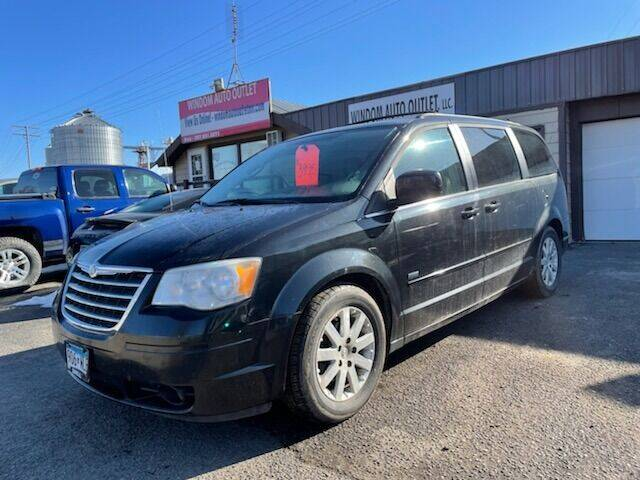 2008 Chrysler Town and Country for sale at WINDOM AUTO OUTLET LLC in Windom MN