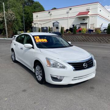 2013 Nissan Altima for sale at Auto Bella Inc. in Clayton NC