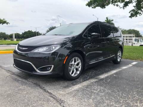 2017 Chrysler Pacifica for sale at GERMANY TECH in Boca Raton FL