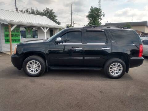 2013 GMC Yukon for sale at Auto Pro Inc in Fort Wayne IN