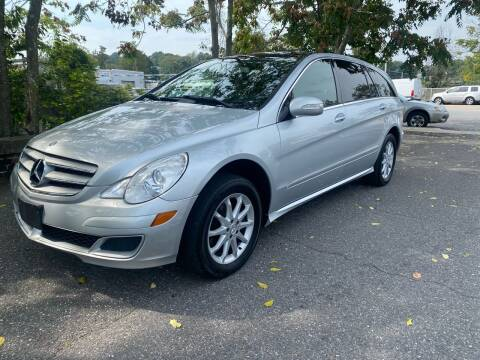 2006 Mercedes-Benz R-Class for sale at ANDONI AUTO SALES in Worcester MA