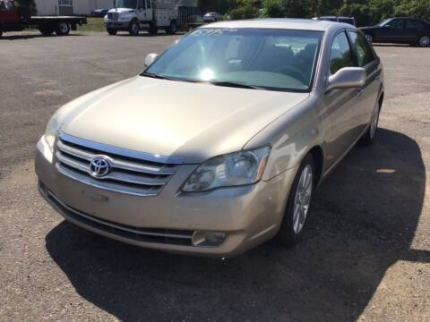 2005 Toyota Avalon for sale at Sparkle Auto Sales in Maplewood MN