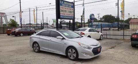 2015 Hyundai Sonata Hybrid for sale at S.A. BROADWAY MOTORS INC in San Antonio TX