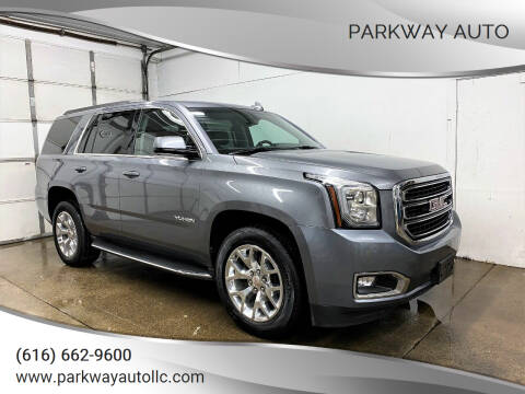 2018 GMC Yukon for sale at PARKWAY AUTO in Hudsonville MI