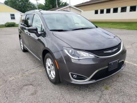 2020 Chrysler Pacifica for sale at LeMond's Chevrolet Chrysler in Fairfield IL