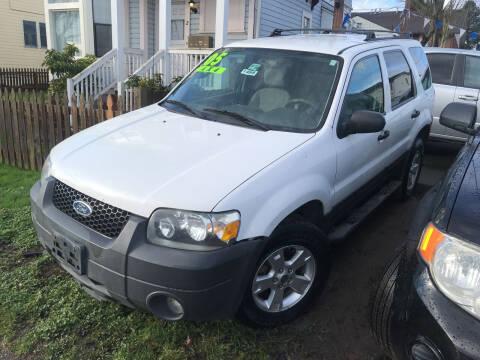 2005 Ford Escape for sale at American Dream Motors in Everett WA