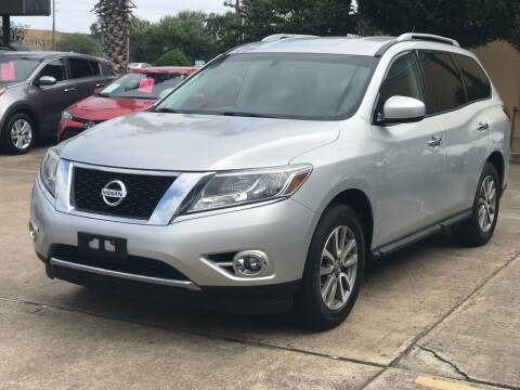 2016 Nissan Pathfinder for sale at Discount Auto Company in Houston TX