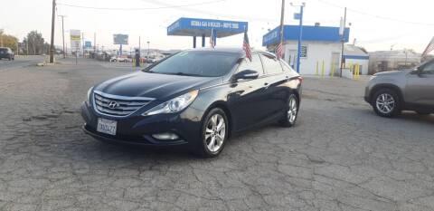 2013 Hyundai Sonata for sale at Autosales Kingdom in Lancaster CA