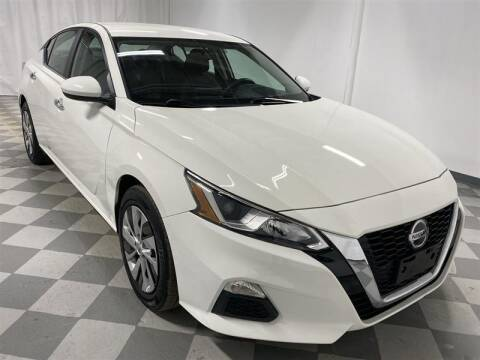 2019 Nissan Altima for sale at Mr. Car City in Brentwood MD