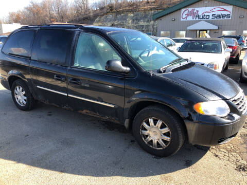 2007 Chrysler Town and Country for sale at Gilly's Auto Sales in Rochester MN