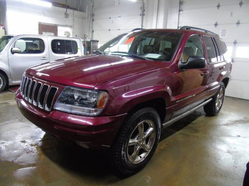 2002 Jeep Grand Cherokee for sale at C&C AUTO SALES INC in Charles City IA