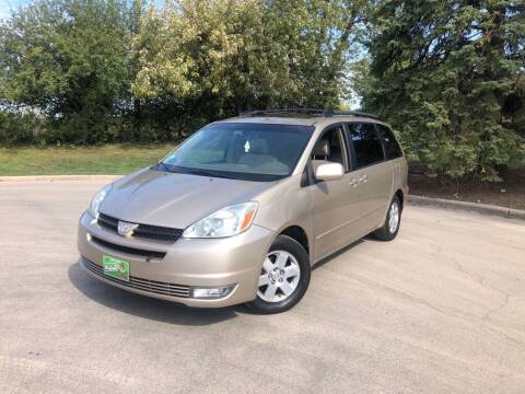 2004 Toyota Sienna for sale at 5K Autos LLC in Roselle IL