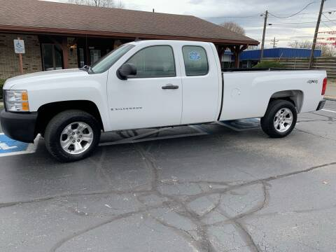 2007 Chevrolet Silverado 1500 for sale at Clarks Auto Sales in Connersville IN