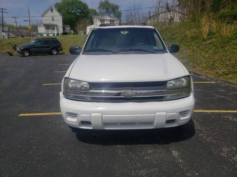 2005 Chevrolet TrailBlazer for sale at KANE AUTO SALES in Greensburg PA