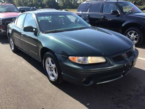 2001 Pontiac Grand Prix for sale at D & J AUTO EXCHANGE in Columbus IN