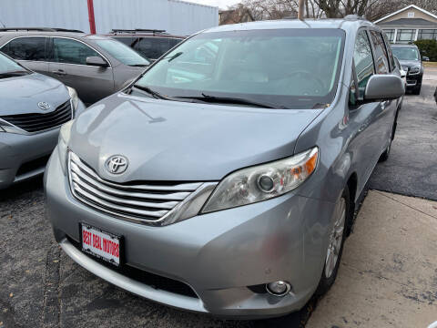 2011 Toyota Sienna for sale at Best Deal Motors in Saint Charles MO