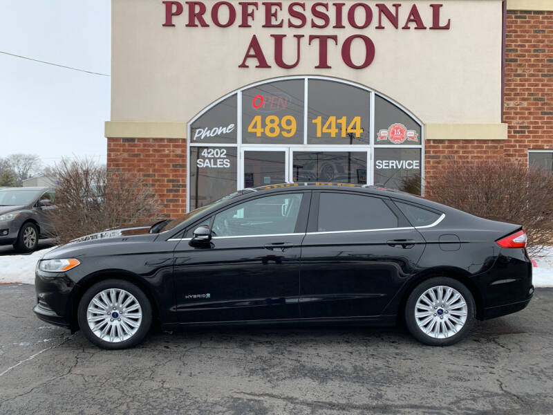 2016 Ford Fusion Hybrid for sale at Professional Auto Sales & Service in Fort Wayne IN