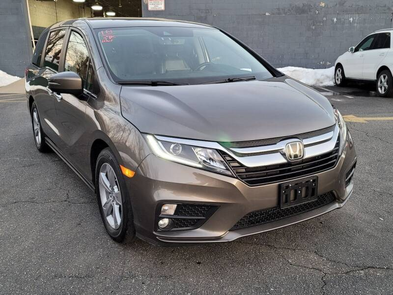 2018 Honda Odyssey for sale at AW Auto & Truck Wholesalers  Inc. in Hasbrouck Heights NJ