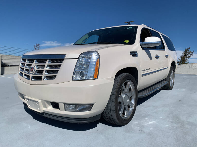 2013 Cadillac Escalade ESV for sale at BAY AREA CAR SALES in San Jose CA