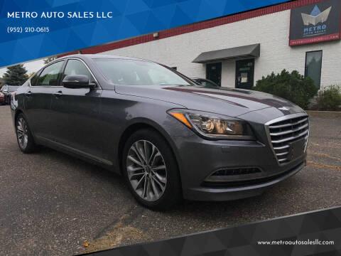 2015 Hyundai Genesis for sale at METRO AUTO SALES LLC in Blaine MN