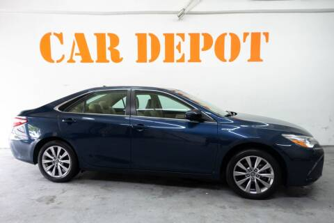 2017 Toyota Camry Hybrid for sale at Car Depot in Miramar FL