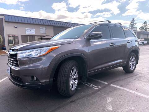 2015 Toyota Highlander for sale at Exelon Auto Sales in Auburn WA
