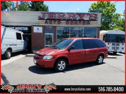2005 Dodge Grand Caravan for sale at JERRY'S AUTO CENTER in Bellmore NY