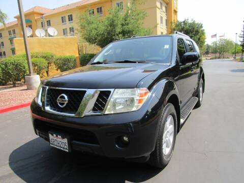 2011 Nissan Pathfinder for sale at PRESTIGE AUTO SALES GROUP INC in Stevenson Ranch CA