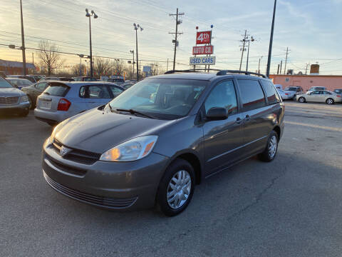 2005 Toyota Sienna for sale at 4th Street Auto in Louisville KY
