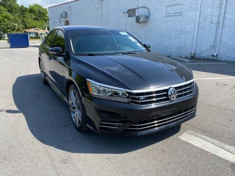 2018 Volkswagen Passat for sale at LUXURY AUTO MALL in Tampa FL
