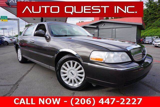 2005 Lincoln Town Car for sale in Seattle, nul