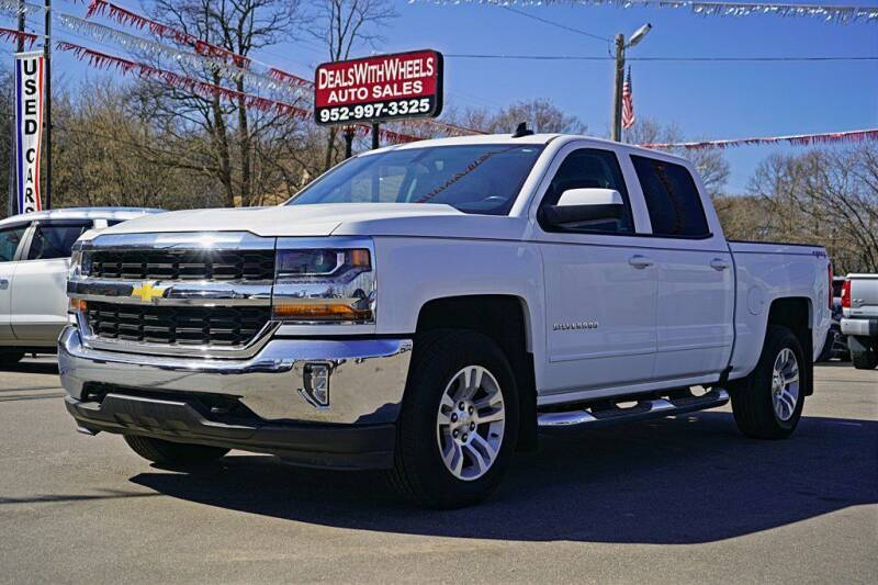 2017 Chevrolet Silverado 1500 for sale at Dealswithwheels in Inver Grove Heights/Hastings MN