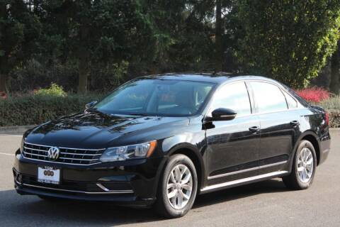 2016 Volkswagen Passat for sale at Top Gear Motors in Lynnwood WA